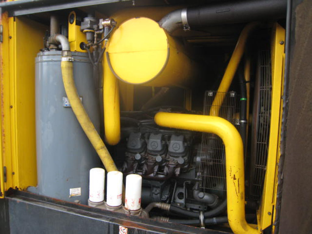 موتور مرسدس کمپرسور اسکرو XAHS 365